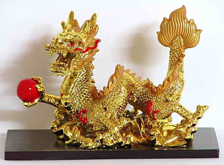golden-chinese-dragon-holding-red-ball-BT32_l.jpg